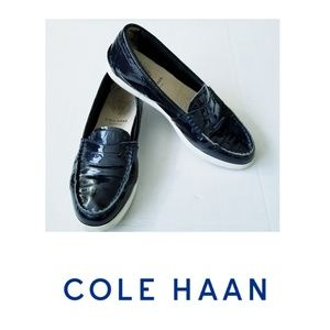 COLE HAAN PINCH WEEKEND LOAFER